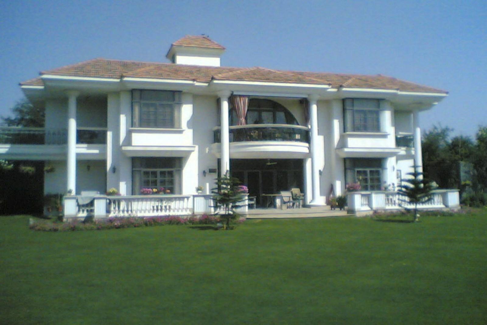 Lall Residence, Chattarpur 01