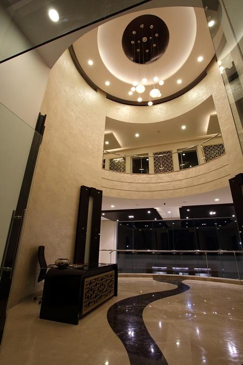 Lavishing Lobby